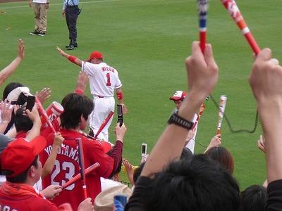 野村監督退場で選手奮起、広島カープ勝利(2011/6/26)
